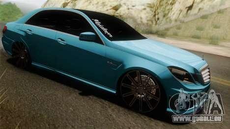Mercedes-Benz E63 AMG 2010 Vossen wheels pour GTA San Andreas vue intérieure