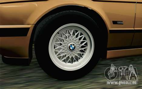 BMW M5 E34 Touring pour GTA San Andreas sur la vue arrière gauche