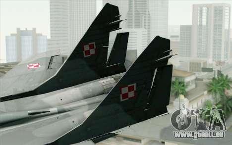 MIG-29 Polish Air Force pour GTA San Andreas sur la vue arrière gauche