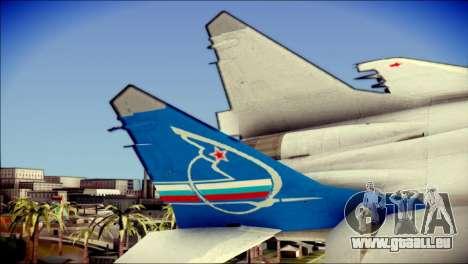 MIG-29 Fulcrum Reskin pour GTA San Andreas sur la vue arrière gauche