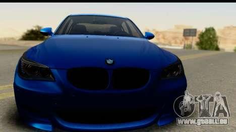 BMW M5 E60 Stanced pour GTA San Andreas sur la vue arrière gauche