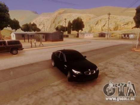 BMW M5 E60 pour GTA San Andreas vue de côté