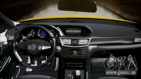 Mercedes-Benz E63 für GTA San Andreas rechten Ansicht