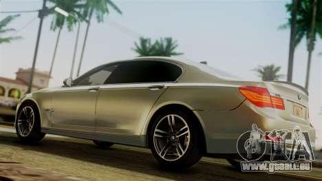 BMW 7 Series F02 2012 pour GTA San Andreas sur la vue arrière gauche