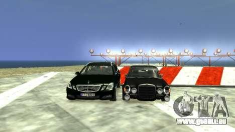 Mercedes-Benz E-Class 2015 Norwegian Police pour GTA 4 est une vue de dessous