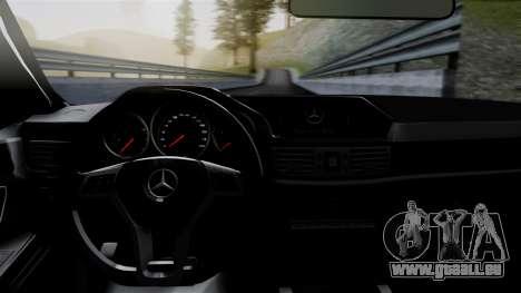 Mercedes-Benz W212 E63 AMG pour GTA San Andreas vue arrière