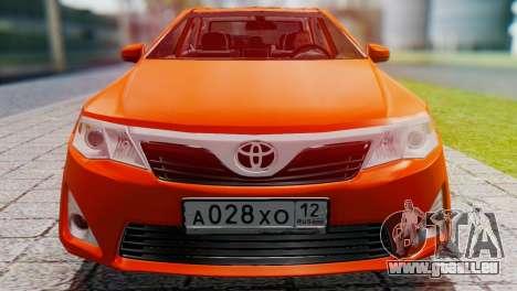 Toyota Camry 2012 pour GTA San Andreas sur la vue arrière gauche