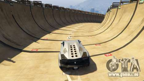 GTA 5 Maze Bank Mega Spiral Ramp dritten Screenshot