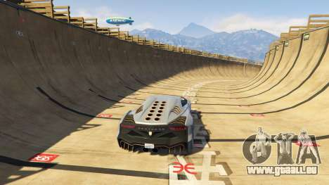 GTA 5 Maze Bank Mega Spiral Ramp fünfter Screenshot