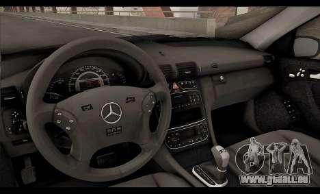 Mercedes-Benz C32 W203 2004 pour GTA San Andreas vue de dessous