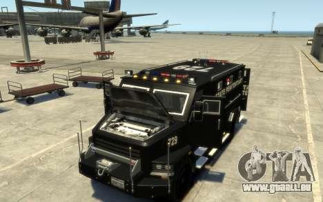 International 4000-Series SWAT Van pour GTA 4 est une vue de l'intérieur