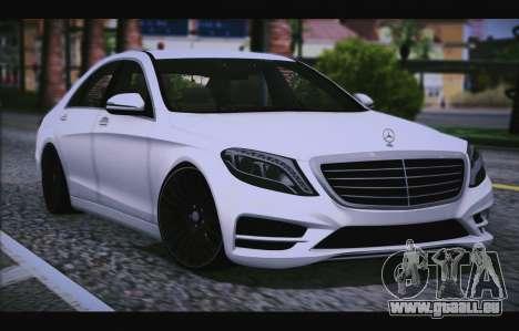 Mercedes Benz S63 W222 Des Articles De Qualité pour GTA San Andreas vue arrière