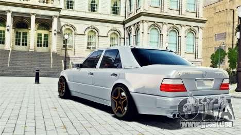 Mercedes-Benz E500 W124 pour GTA 4 est une gauche