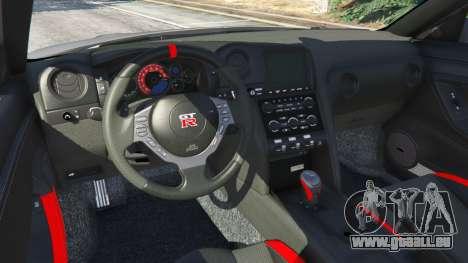 GTA 5 Nissan GT-R Nismo 2015 v1.1 arrière droit vue de côté