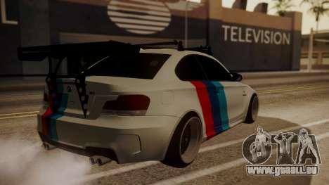 BMW 1M E82 with Sunroof pour GTA San Andreas vue de côté