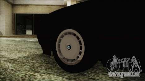 BMW 525i E34 1992 pour GTA San Andreas sur la vue arrière gauche