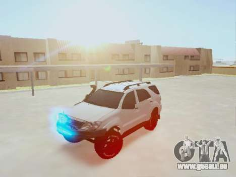 Toyota Fortuner 2012 TRD Off-Road für GTA San Andreas Rückansicht