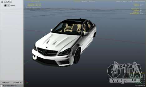 GTA 5 Mercedes-Benz C63 AMG v2 droite vue latérale