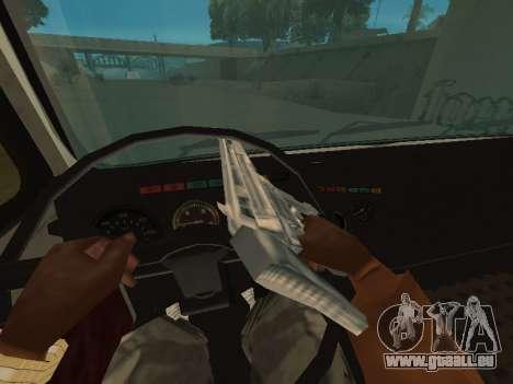 MAZ 551605-221-024 pour GTA San Andreas vue de droite