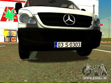 Mercedes-Benz Sprinter Long pour GTA San Andreas vue intérieure