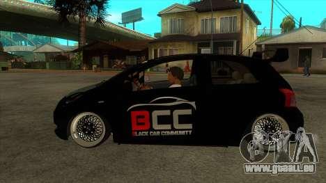 Toyota Yaris (Vitz) [Black Car Community] pour GTA San Andreas laissé vue