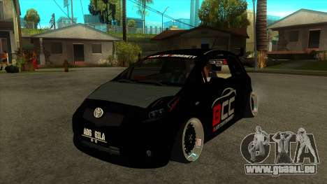 Toyota Yaris (Vitz) [Black Car Community] pour GTA San Andreas