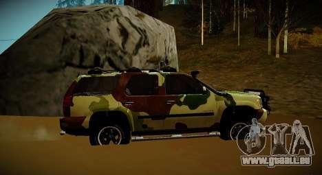 Chevrolet Tahoe LTZ v2 Camofluge für GTA San Andreas zurück linke Ansicht