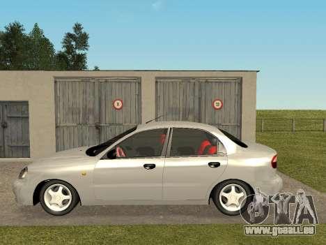 Daewoo Lanos (Sens) 2004 v2.0 by Greedy pour GTA San Andreas sur la vue arrière gauche