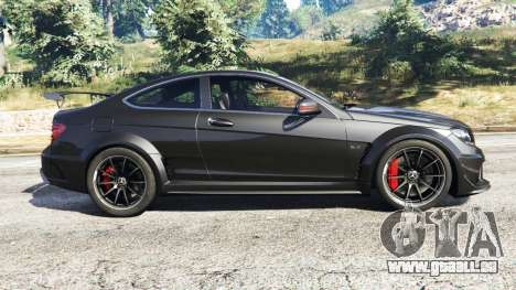 GTA 5 Mercedes-Benz C63 Coupe linke Seitenansicht