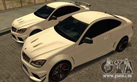 Mercedes-Benz C63 AMG Black-series pour GTA San Andreas vue intérieure