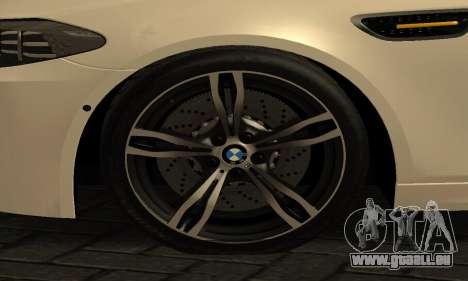 BMW M5 F10 2012 pour GTA San Andreas vue de droite