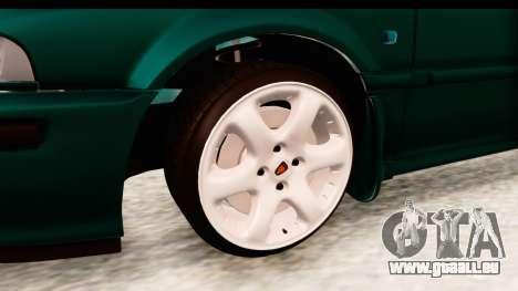 Rover 220 pour GTA San Andreas vue arrière