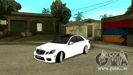 Mercedes-Benz E250 Armenian pour GTA San Andreas