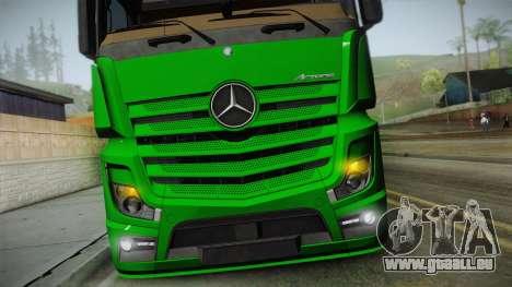 Mercedes-Benz Actros Mp4 6x2 v2.0 Gigaspace v2 pour GTA San Andreas vue de droite