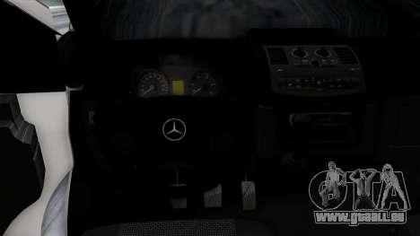 Mercedes-Benz Vito pour GTA San Andreas moteur