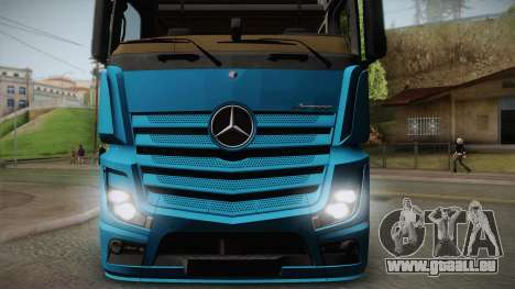 Mercedes-Benz Actros Mp4 6x4 v2.0 Gigaspace v2 pour GTA San Andreas sur la vue arrière gauche