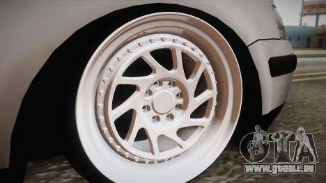 Volkswagen Passat 2.0 TDI pour GTA San Andreas vue de droite