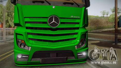 Mercedes-Benz Actros Mp4 4x2 v2.0 Gigaspace pour GTA San Andreas vue de droite