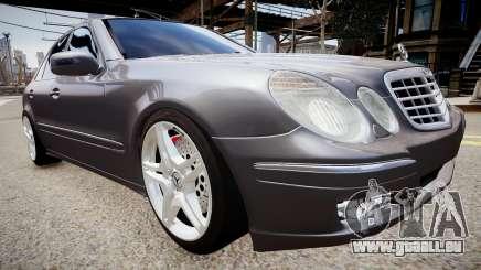 Mercedes-Benz AMG E320 W211 pour GTA 4