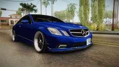 Mercedes-Benz W207 E500 Jap Style