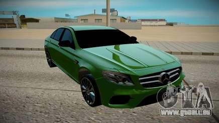 Mercedes-Benz E500 pour GTA San Andreas
