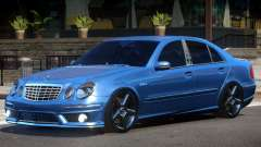 Mercedes Benz E63 W211 V1.1