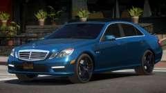 Mercedes Benz E63 V2.2 pour GTA 4