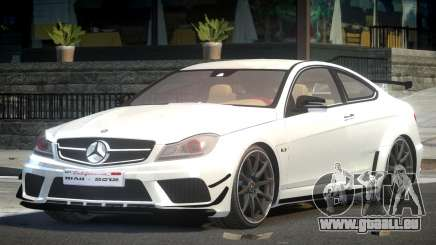 Mercedes Benz C63 AMG R-Tuning pour GTA 4